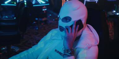 Wirbel um Balkan-Rapper: Der komplette Text zum Gewalt-Song