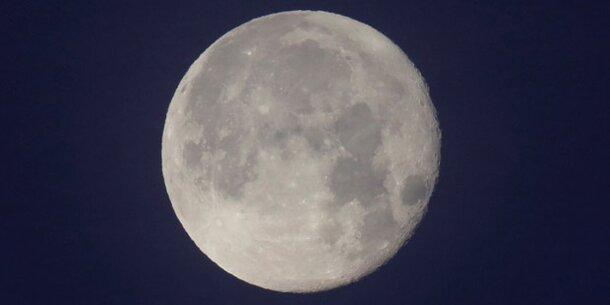 Mond soll aus Mini-Monden entstanden sein