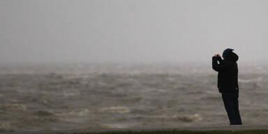 """Brandung an der Nordseeküste kündigt """"Xaver"""" an"""
