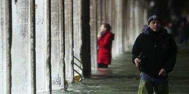 """""""Land unter"""" in Venedig"""