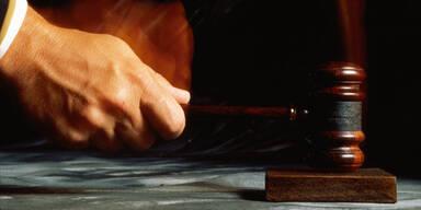 Von Terrasse in Tod gestürzt: Wiener Rechtsanwalt freigesprochen