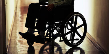 Bande hielt Behinderten gefangen