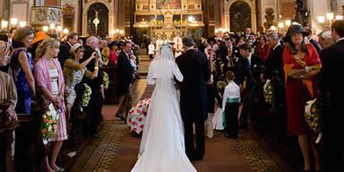 Schein-Ehen um 10.000 € eingefädelt