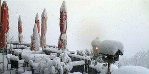 Schnee- und Regen-Walze über Österreich