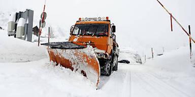 Dramatische Schnee-Warnung: Bis zu 4 Meter in 2 Tagen möglich!