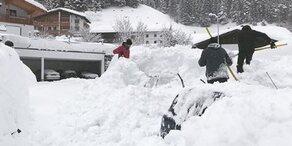 Schnee-Walze rollt über Österreich