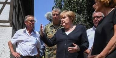 Angela Merkel im Katastrophengebiet