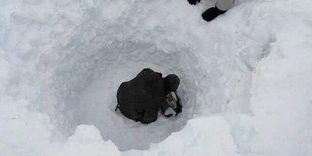 Soldat überlebt 6 Tage unter Lawine