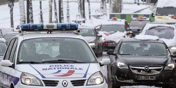 740 Kilometer Stau in Paris wegen Schnee