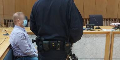 Sohn erwürgte zu Fasching eigenen Vater: 18 Jahre Haft