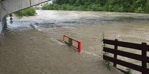 Hochwasser-Alarm nach Unwetter-Wochenende