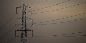 Föhnsturm: 10.000 Haushalte ohne Strom