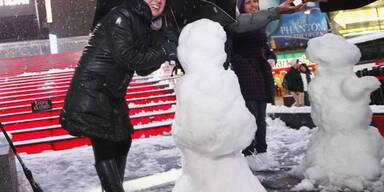Schneesturm fegt über New York