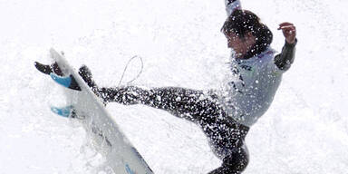 Peter Devries bei einem Surf-Wettbewerb vor Kanada