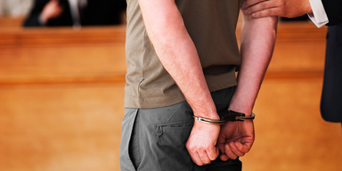 Kot-Angriff auf Justizgebäude: 2 Monate Haft