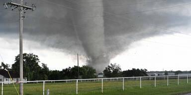 tornado11.jpg