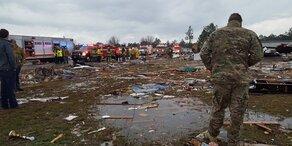Tornado zieht Spur der Verwüstung: 18 Tote