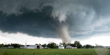 tornado88.jpg