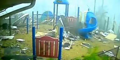 tornadospielplatz.jpg