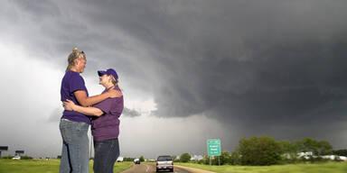 tornadozittern.jpg