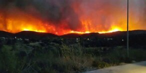 Großbrand auf der Ägäis-Insel Chios