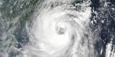typhoon2277.jpg