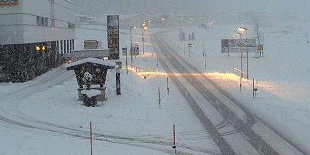 Unwetter-Warnung: Schnee-Walze im Anmarsch