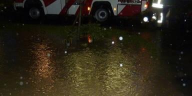Starkregen setzt teile Österreichs unter Wasser
